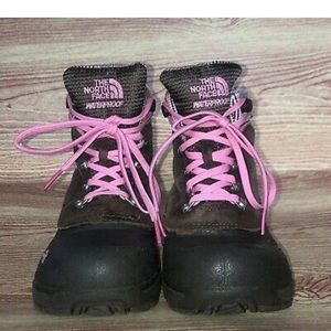 The north face girls heat seekers  plaid trim 2